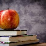 リンゴと本