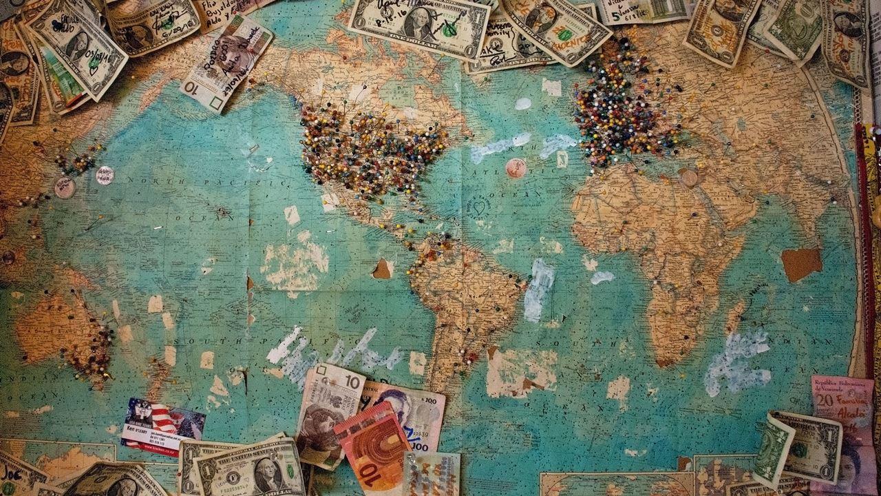 世界地図_お金